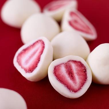 Food Friday – Yogurt Dipped Strawberries Recipe