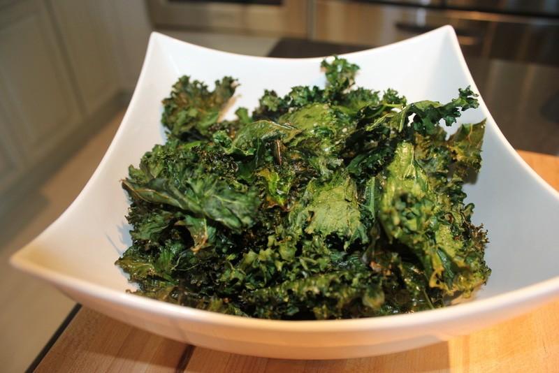 Kale Chips (Recipe) [Best Snack On Earth]
