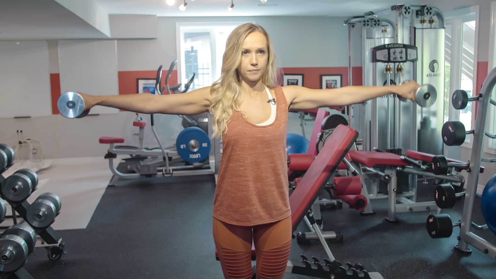 Exercise for Women: Leaning Lateral Raise